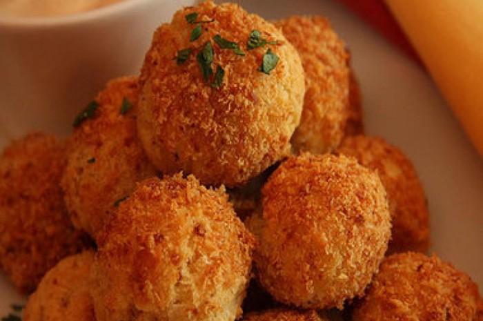 Fried cheeseballs